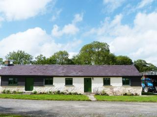 5 star West Wales Cottage for couples - 356018, Laugharne