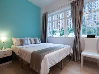OASIS 88! LARGE DeLUXE SERVICED SUITE MTR TIMES SQ, Hong Kong
