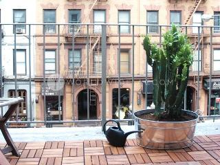 Manhattan Balcony, Long Island City