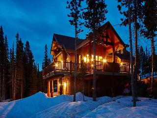 Ski-in/Ski-out with all the comforts of home and stunning scenery, Big Sky