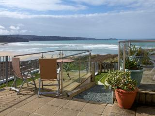 Mermaid, Pet Friendly and 100 Yards from Beach, Hayle
