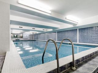 Spacious, Comfy with Pool, Londres