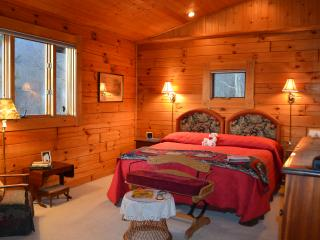 Top of the Mountain Log Lodge, Butler