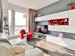 1 Bedroom executive suite at Solano 3 - 311, Montreal