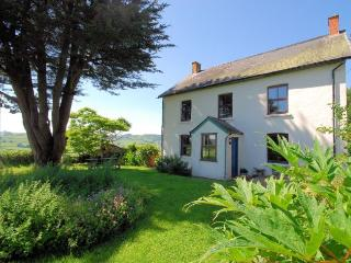 WEBBL Cottage in Chard, Axminster