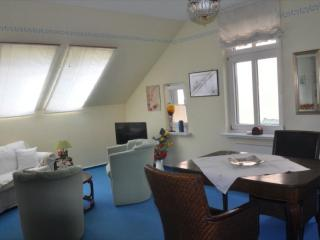 Vacation Apartment in Buxtehude - 538 sqft, comfortable, bright, central (# 8810)