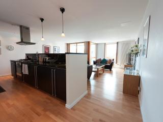 Luxury 2 Bed Apartment With Parking, Édimbourg