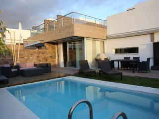 Ultra Modern Villa With Private heated Pool, Costa Adeje