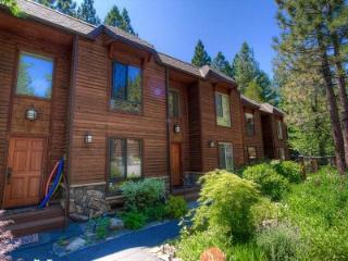 Gorgeous Remodeled Incline Village 3 BR Condo Backs to a Babbling Creek ~ RA61070