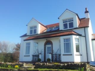 Gorgeous self catering apartments with seaviews., Maidens