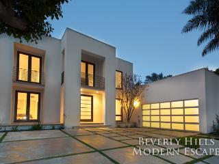 Beverly Hills Modern Escape, Los Angeles