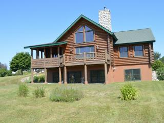Charlevoix Cabin - 3100 Square Feet