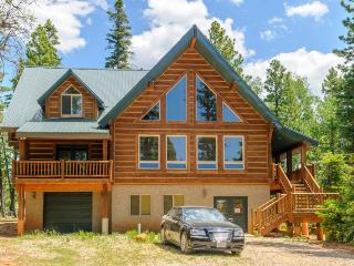 Moccisan Lodge is a Beautiful Family Cabin, Duck Creek Village