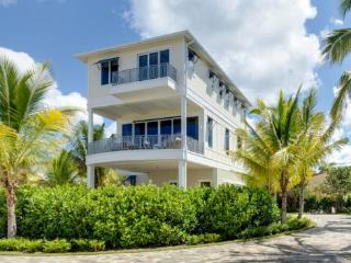 Spectacular Luxury Beach View home with Private Pool and Spa -  Turtle Cove, Fort Myers Beach