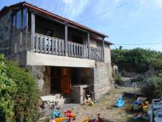 Cozy Cottage in Douro Valley Region with Wi-FI, Marco de Canaveses