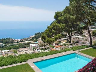 Villa Fortino, Sleeps 10, Capri