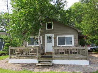 Beachfront Cottage on Long Lake, Alpena