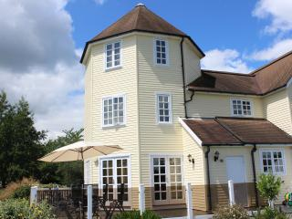Lakeside Lodge Cotswolds Watermark- 36 Windrush, South Cerney