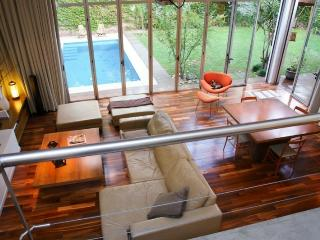 Casa Unica, 3 BR with garden and pool, Buenos Aires