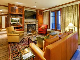 Ritz Carlton Two Bedroom, Sleeps 6, Aspen