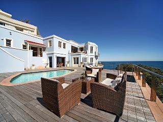 Villa San Michele, Sleeps 6, Bantry Bay