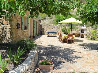 Charming country house 8p comfort, private pool, Le Barroux Vaucluse