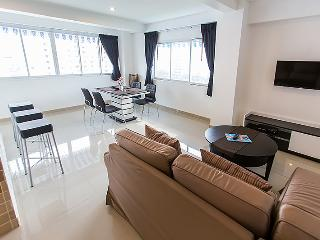 2 bedroom apartment with Sea View, Pattaya