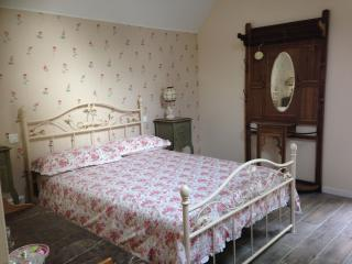 Just 1hr 15mins drive from Calais! Double Room (2), Hesdin