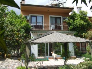 Quite house in the country, Kemer