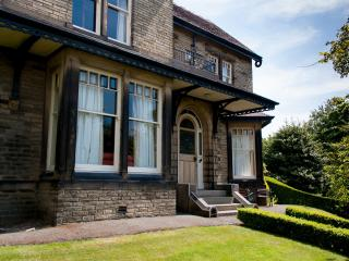 Ravensprings a Stunning,Victorian Mansion House, Brighouse