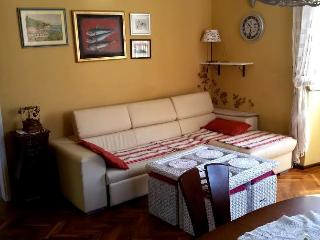 Fully Furnished Flat (By The Sea) - CENTER!, Jelsa