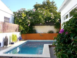 Casa Sienna Garden Home with Pool, Vejer de la Frontera