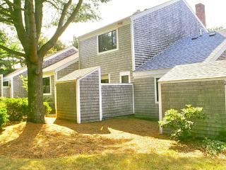 CAPE COD RESORT 2 story 2 bd 2.5 ba 2 pools tennis, Mashpee