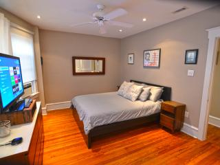 Sunny Modern Apartment in Downtown Ocean City