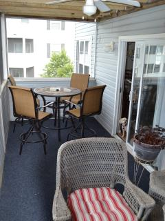 Large screened-in porch to enjoy your morning coffee or unwind in the evening.
