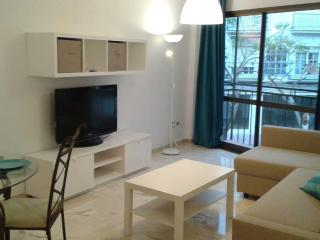 Modern Town centre apartment 200m from the beach, Fuengirola
