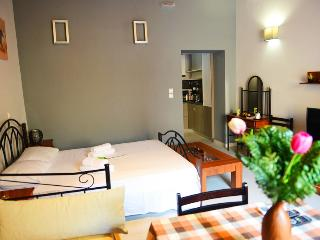 One-bedroom Suite in the center!, Rhodes Town