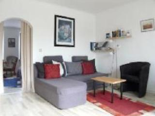 Vacation Apartment in Daun - 474 sqft, central, active, bright (# 8823)
