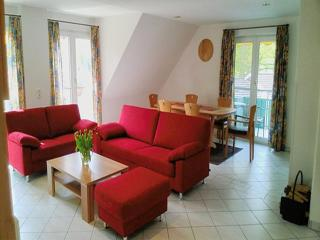 Vacation Apartment in Kressbronn am Bodensee - 1184 sqft, 2 bedrooms, up to 7 people (# 8834)