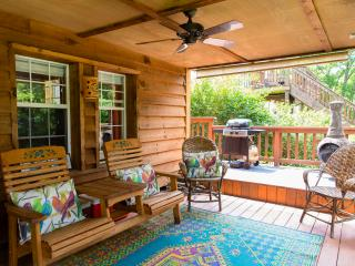 Relax on Covered Porch - Great Lake View