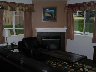 Newly Renovated Furnished 2 Bedroom Condo, Canmore