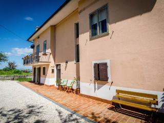 Bed & breakfast in Le Marche countryside, Ancona
