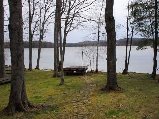 Fabulous 3 Bedroom home with hot tub located on premiere Deep Creek lakefront, Swanton