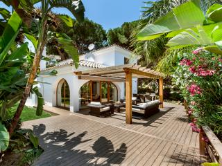 Stunning 3 bedroom Detached Villa Elviria