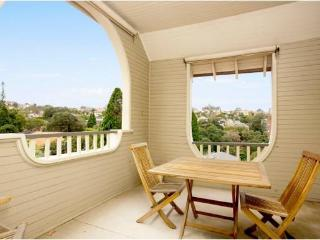Gundamine Apartment Neutral Bay
