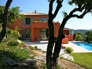 Beautiful Villa facing Golf of St Tropez, Port Grimaud