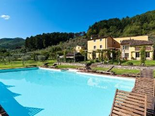 Casa Del Fattore with floodlit pool,  jetted tub, rose covered gazebos & daily maid, Vorno