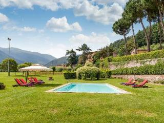 Restored Il Frantoio with olive grove gardens, valley views, floodlit pool & chef and maid, Vorno
