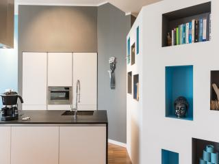 Designer loft with covered parking, Turin