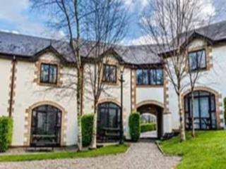 Forest Park - 3 Bed Coach House, Courtown